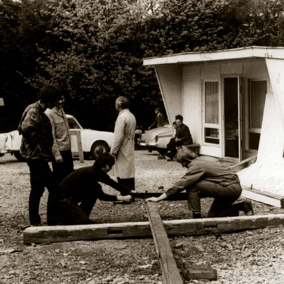 Rennsteiggarten Oberhof, 50 Jahre Jubiläums-Ausstellung  - Aufbau