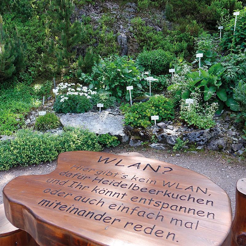 rennsteiggarten-oberhof-sitzecke